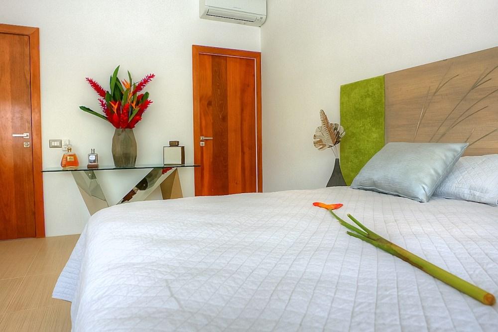 Villa Sofia – Floorplans – Superior Suite – Bed