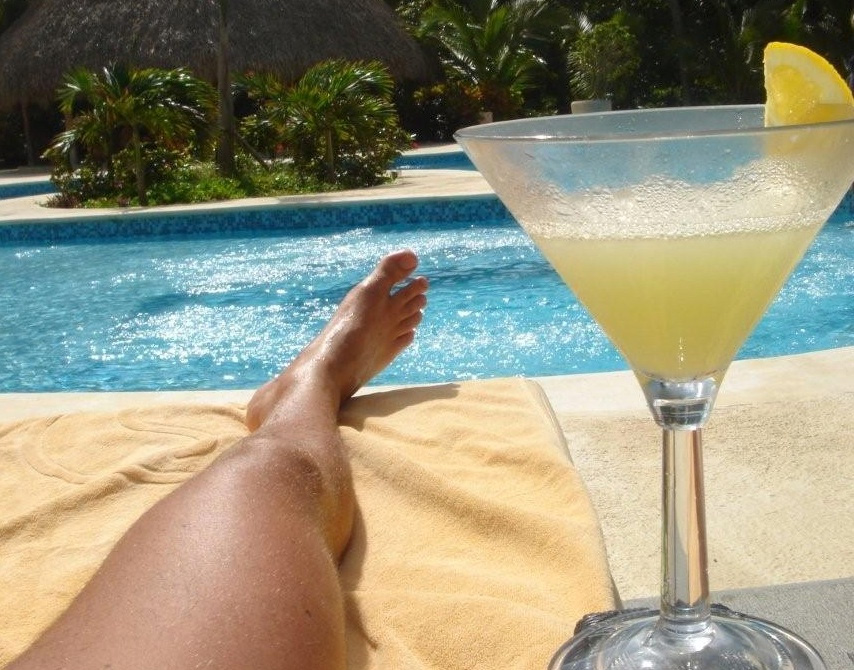 Villa Sofia – Services & Safety – Cocktail By The Pool