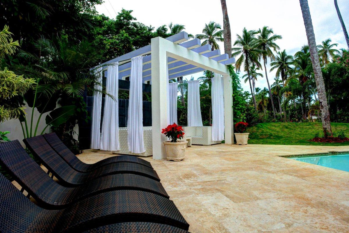 Villa Sofia – Outdoor. Garden & Pools – Cabana/Lounge Chairs