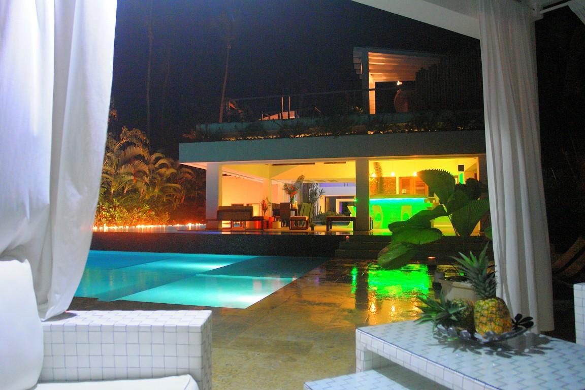 Villa Sofia – Outdoor. Garden & Pools – Pool/Living Area At Night