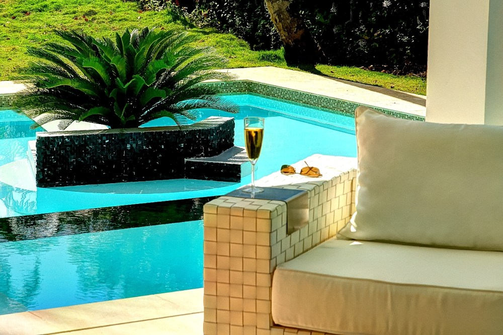 Villa Sofia – Living Areas – Glass Of Wine By The Pool
