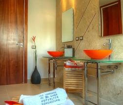 Villa Sofia – Floorplans – Master Suite – Bathroom