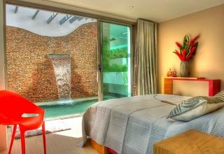 Villa Sofia – The Jacuzzi Suite – Jacuzzi Swim Out