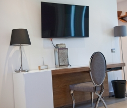 Villa Sofia – Floorplans – Master Suite Desk